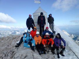 VRH TRIGLAVA 2.864 m - cela ekipa izašla na vrh