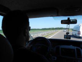 Krenuli smo iz Beograda  u 06.00 ka našem prvom kampu. Nakon 700 km vožnje stigli smo do kampa preko puta Venecije. Smestili se i odmarali. Imali smo lep pogled ka Veneciji.