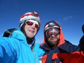 MIHAJLO I DAVID NA VRHU - 4810 m